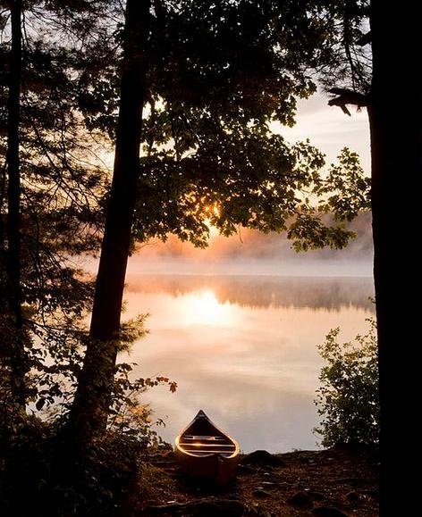 canoe_lake_view_pinterest.dk